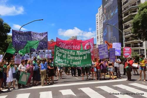 Pan y Rosas Argentina se solidarizó con las mujeres del Estado Español